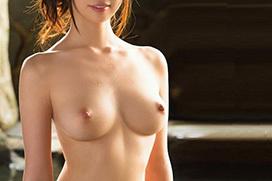 パイパン美少女たちの全裸姿は股間までツルツルの無毛ヌード