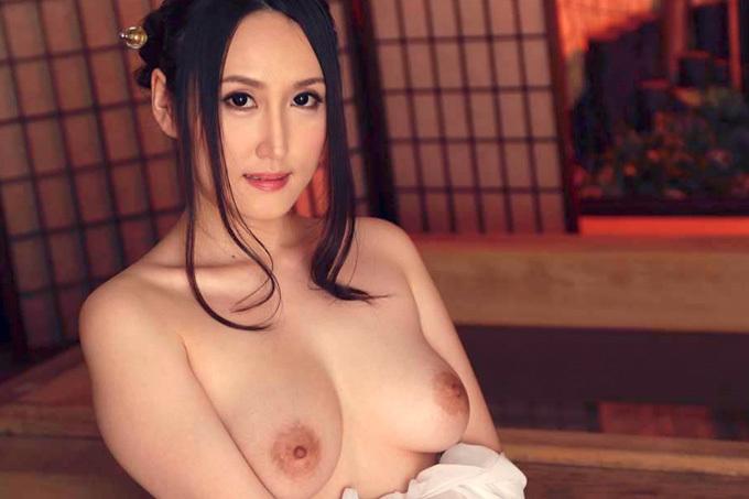 美月アンジェリア 超絶美白の綺麗なお姉さんが洗練された大人のおもてなし。