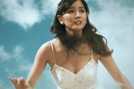 石橋杏奈~美乳の天使、胸チラと巨乳揺れの短距離走は凄かった!