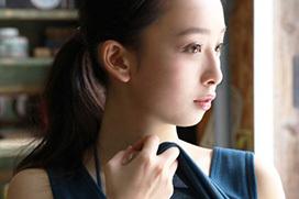 ドラマにも進出の華村あすか(19)最新グラビア撮影中におっぱいが溢れ出しそうw