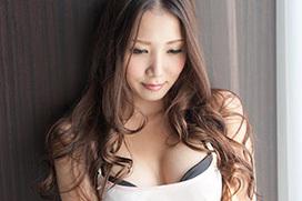 友田彩也香がMAX-Aに移籍決定!