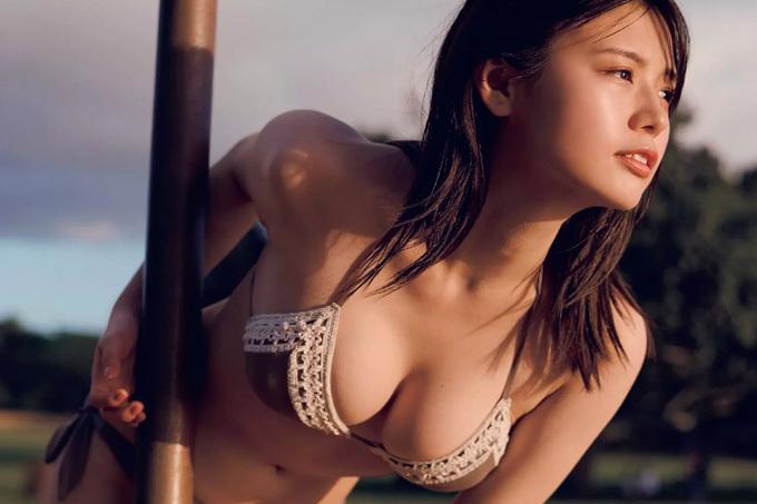 井口綾子 噂のモッツァレラボディを余すところなく。