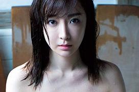 グラドル竹内渉(31)が手ブラヌード解禁!橋本マナミのヨルサンポのグラドルが裸体を魅せた!