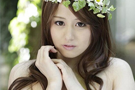 アイドルグループからAVデビューした伊東紅が美少女すぎるってホンマかいな?