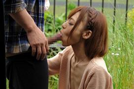 【エロ願望】女:え?こんなところでフェラするの? ⇒ 男:何か問題でも?