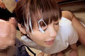 シャンプーのように精子を髪にぶっかけられてる女子wwww