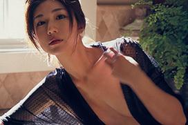 藤木由貴 まばゆい笑顔とキュートなスレンダーボディ!