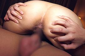 肉棒がズブッと挿入…結合部丸見えのセックス画像100枚