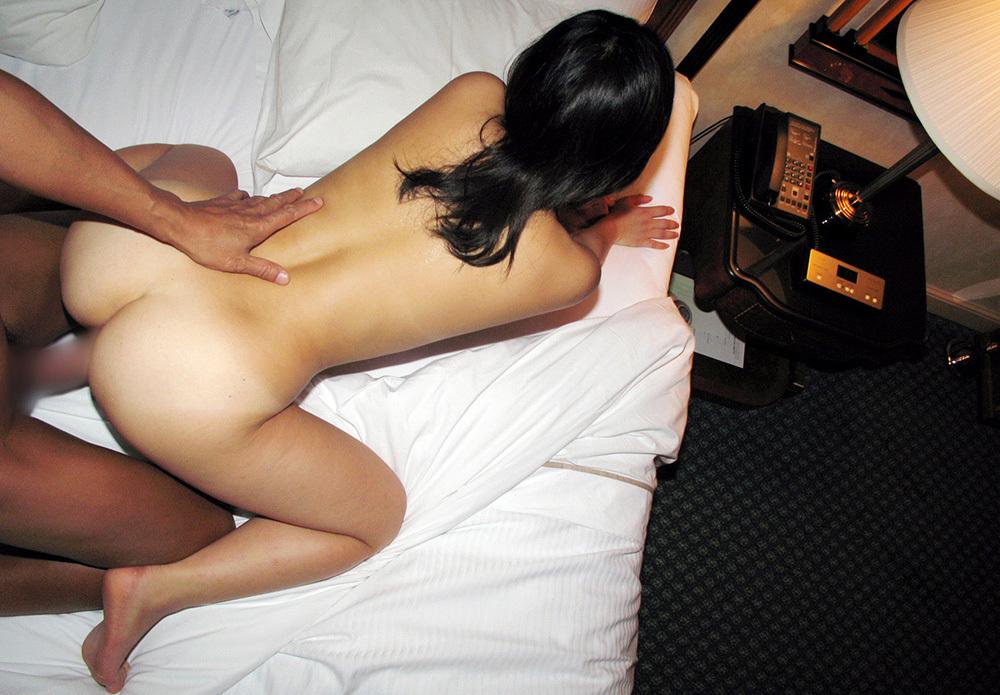 後背位 セックス 画像 32