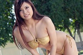 笹宮えれな プールサイドでオナニー始めるデカパイお姉さんの夏の思い出セックス