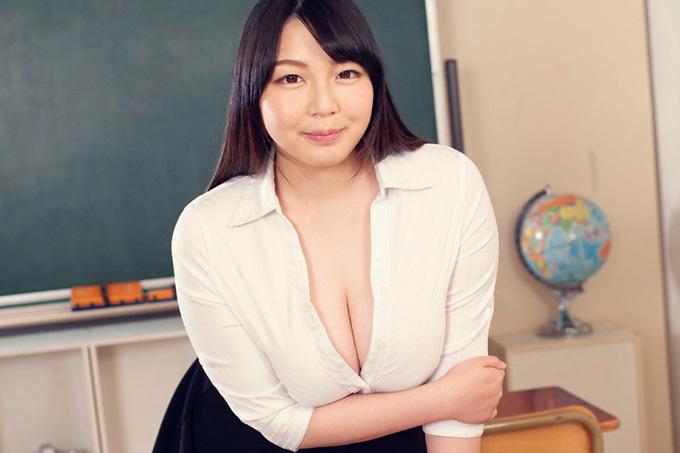 水澄ひかり 教え子のカラダが欲しい巨乳女教師。