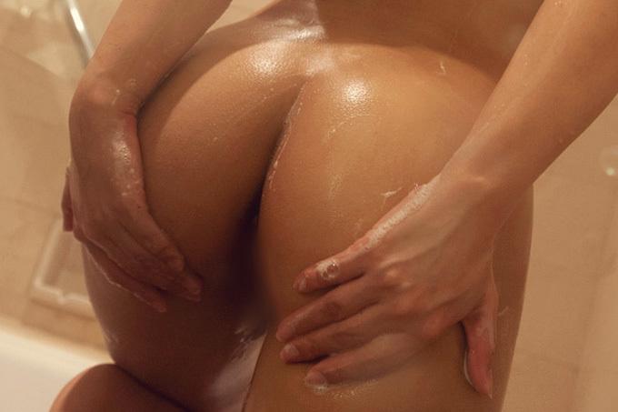 きめ細かな肌とエッチな丸み…美尻画像100枚