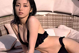 欅坂46卒業の今泉佑唯 予想外にセクシーな下着と水着