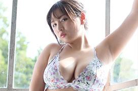 Kカップグラドル吉田実紀が新作DVDでたっぷりのミケポチャボディを見せてるぞ!