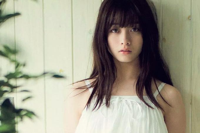 """橋本環奈 """"奇跡""""と呼ばれた少女の20歳のキセキ"""