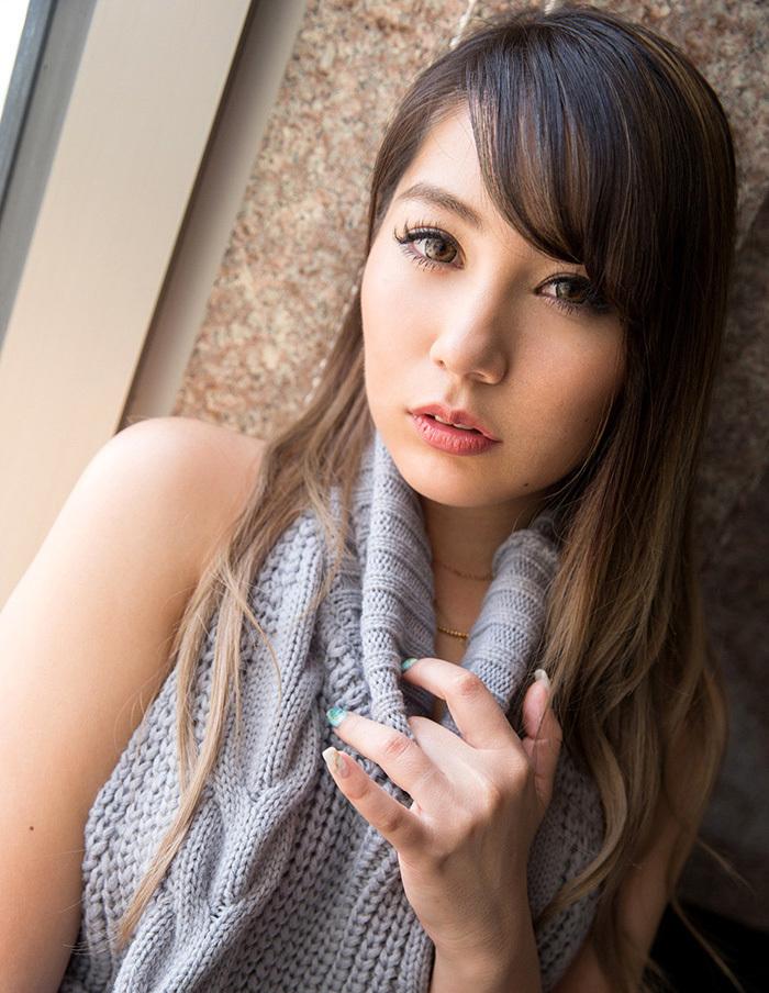 上原花恋 童貞を殺すセーター 画像 7