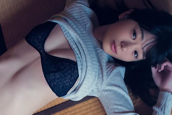 """長谷川かすみ 大人っぽい色香漂う""""癒し系幼顔"""""""