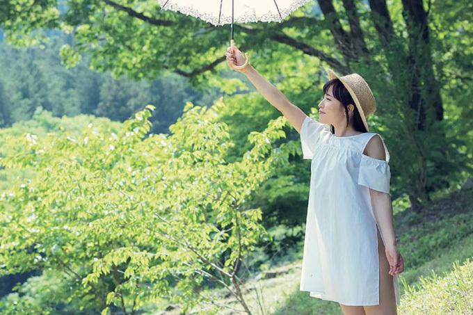 八尋麻衣 こんなに可愛いコが大胆に…19歳の清純系女優