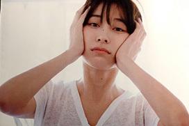 山崎真実の乳首がエロ過ぎる!裸体さらしまくってるな・・・