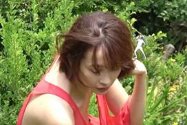 【B地区】山崎真実(33)乳首が完全に見えてしまうハプニングwwww見事なレーズンだったwwww(※画像あり)