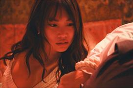 永尾まりや(25)堕ち過ぎた国民的アイドル…濃厚キスに緊縛シーン、濡れ場要員に成り下がる…(画像あり)