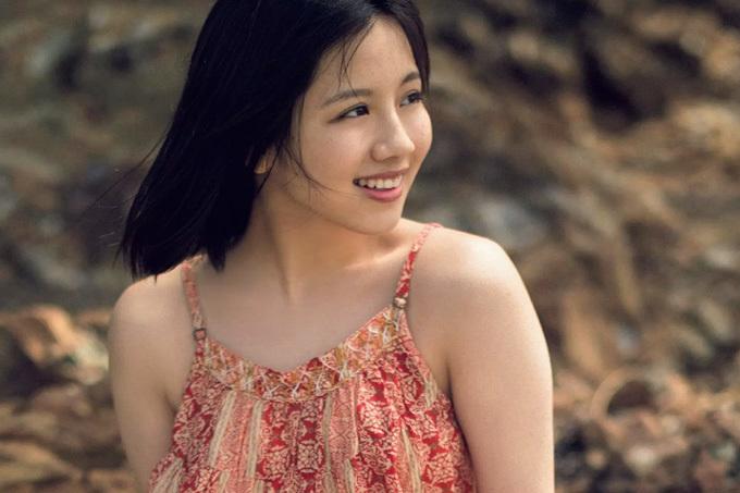 渡邉美穂 太陽のような笑顔とちょっと大人の表情と。