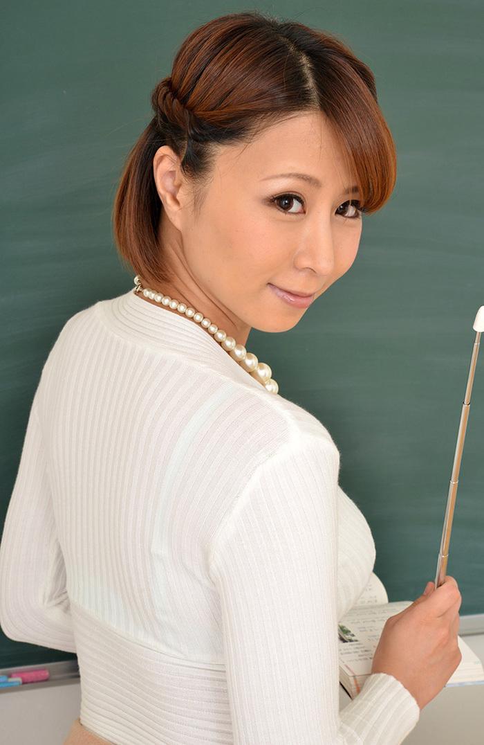 枢木みかん 女教師 画像 20