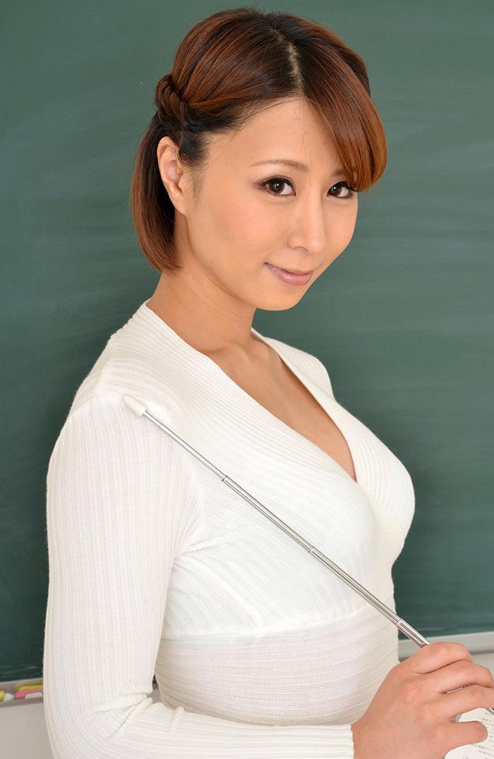 枢木みかん 女教師 画像 4
