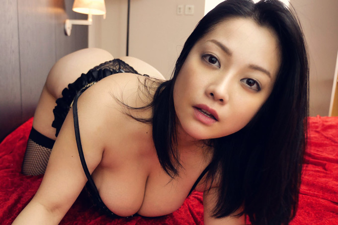 小向美奈子 スライム乳を淫具として巧みに…圧巻の肉感セックス