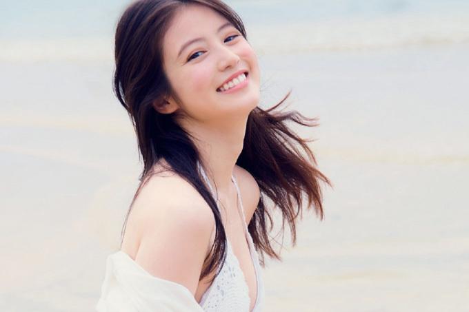 今田美桜 これで見納め…ラスト水着!