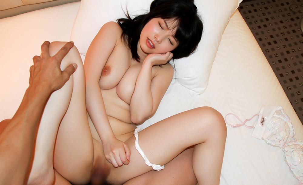 正常位 セックス 画像 29