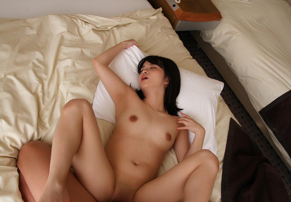 正常位 セックス 画像 23