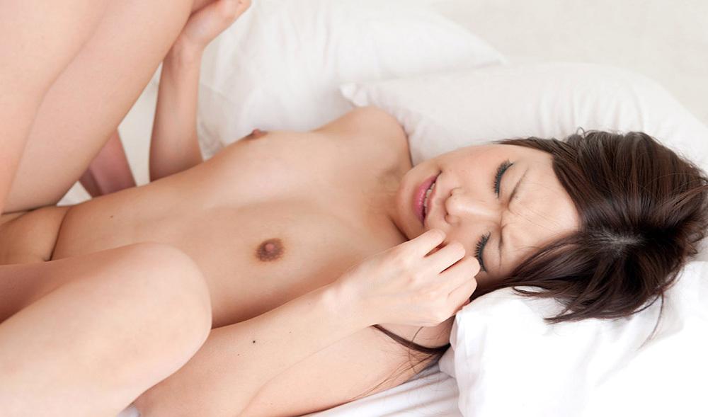 正常位 セックス 画像 4