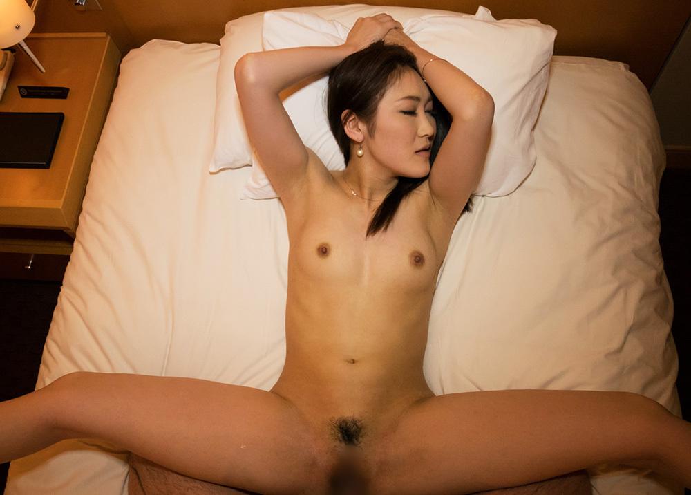 正常位 セックス 画像 35