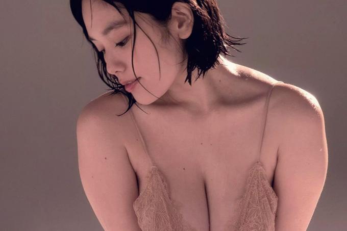 筧美和子 肉感ボディ…さらにセクシーに。