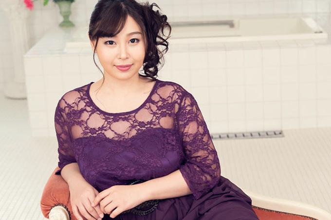 小川桃果 極上サービスを提供する泡姫。
