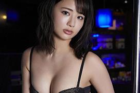 元AKBのデカ尻グラドル平嶋夏海が新作DVDでムチムチプリンボディを見せてるぞ!