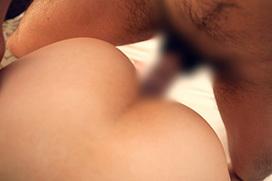 ズボッと挿入…結合部丸見えのセックス画像100枚
