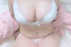 処女がよく着る白下着のエロ画像 part26