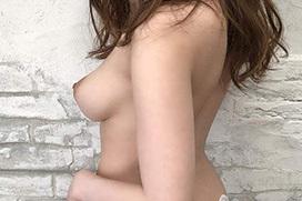 モロの横乳画像 part8