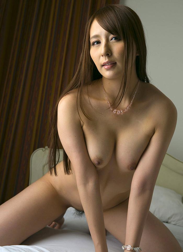 美乳 おっぱい 画像 31