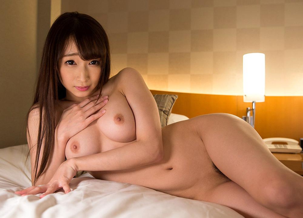 美乳 おっぱい 画像 44
