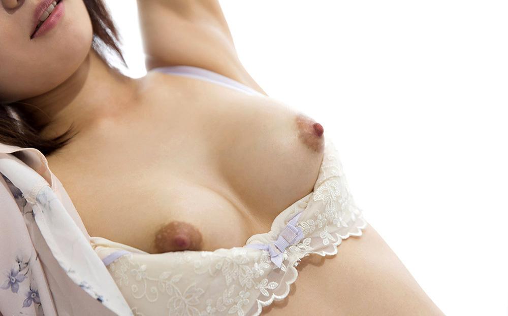 美乳 おっぱい 画像 95