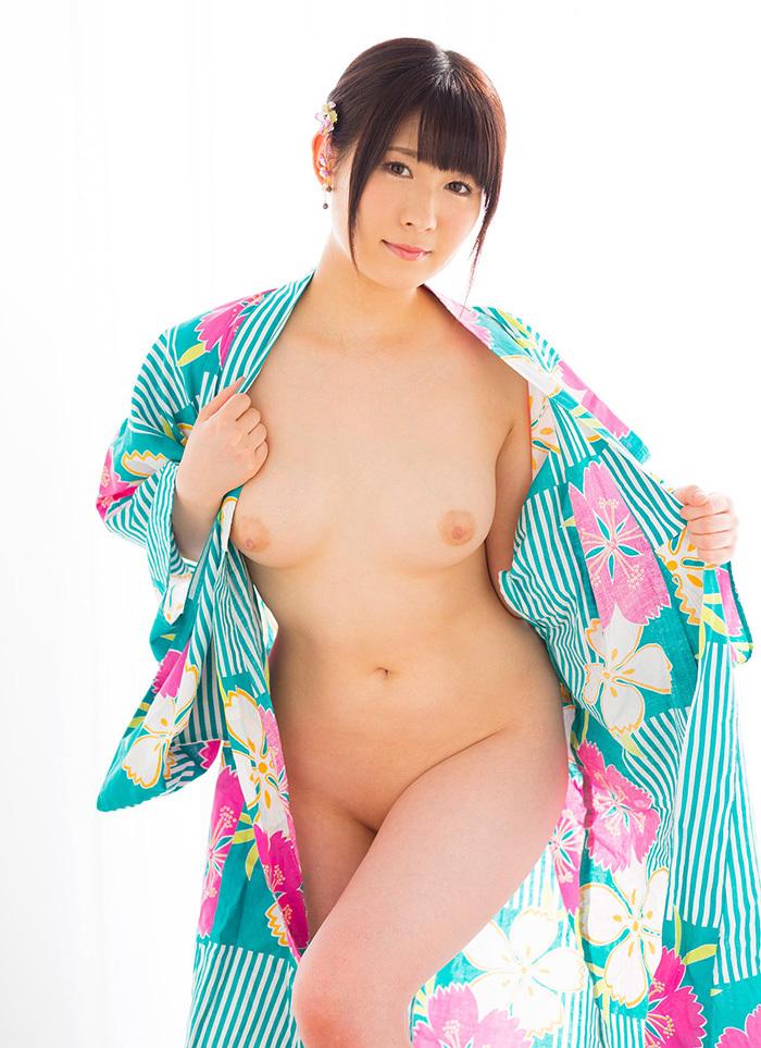 元乃木坂46の飛鳥りんちゃん(21)パイパンフルヌードエロすぎぃぃぃ