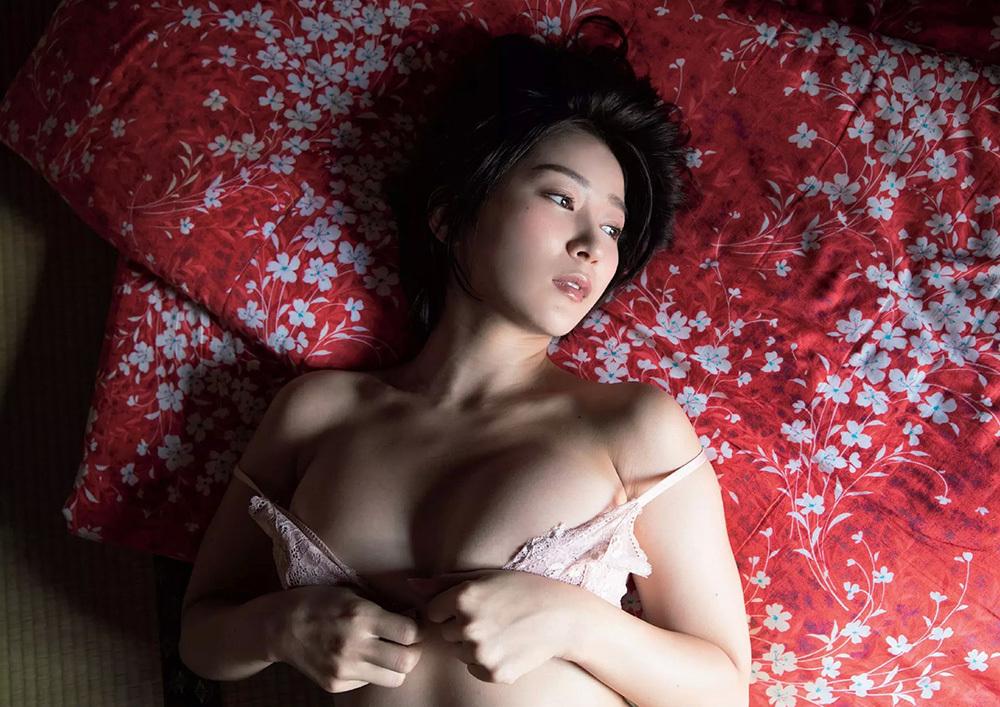 階戸瑠李 画像 3