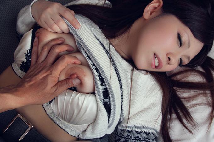 美乳お姉さんのハメ撮りセックス画像