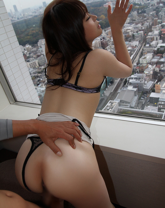 立ちバック セックス 画像 9