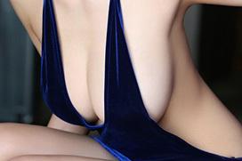 女性のおっぱいって谷間、下乳、横乳 どのアングルがが一番勃起する?