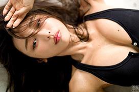 モデル加治ひとみ 超絶美尻とセミヌード。画像×26