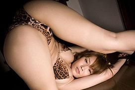 3次元 ヒョウ柄の下着やタイツを身にまとう女豹ちゃんエロ画像 36枚